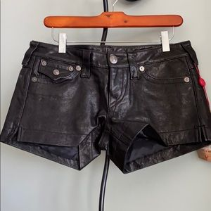 NWT   TRUE RELIGION LEATHER SHORTS